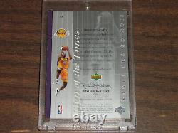 1999-00 SP Authentic Sign of the Times Kobe Bryant #8 Jersey On Card Autograph