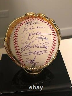Chicago White Sox 2005 World Series Champion Team Signed Baseball Authenticated